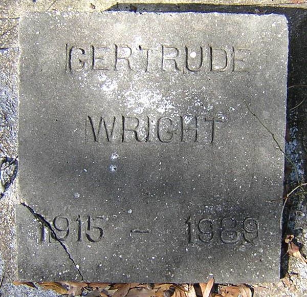Gertrude Wright Gravestone Photo