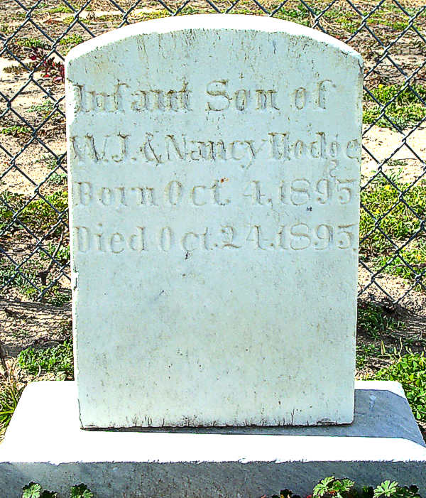 (Infant Son) Hodge Gravestone Photo