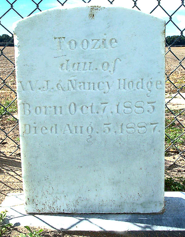 Toozie Hodge Gravestone Photo