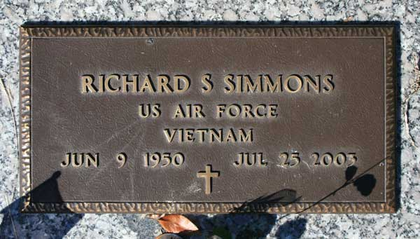 RICHARD S. SIMMONS Gravestone Photo