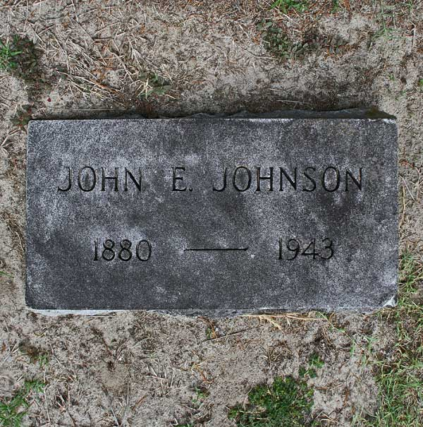 John E. Johnson Gravestone Photo