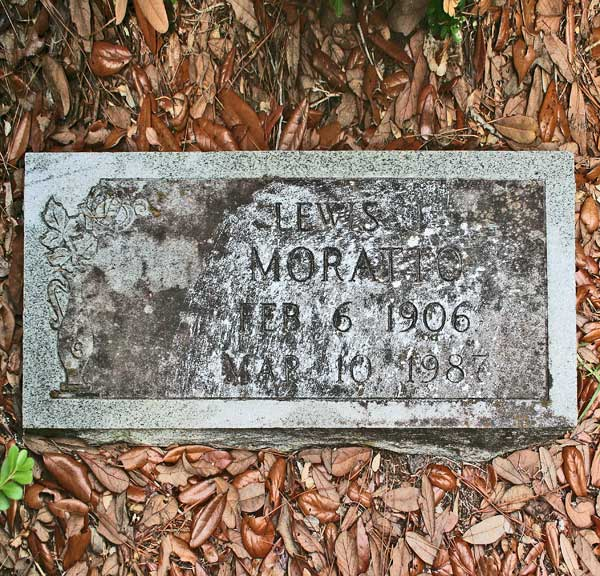 Lewis Moratto Gravestone Photo