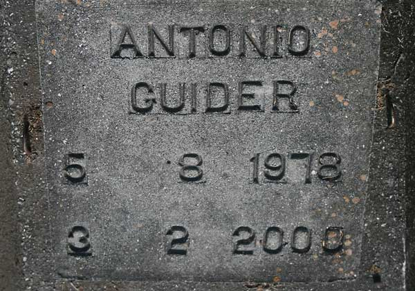 Antonio Guider Gravestone Photo