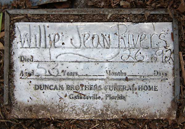 Willie Jean Rivers Gravestone Photo