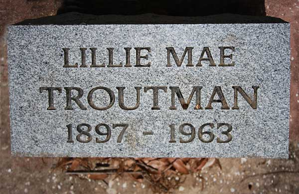 Lillie Mae Troutman Gravestone Photo