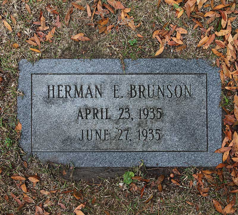 Herman E Brunson Gravestone Photo
