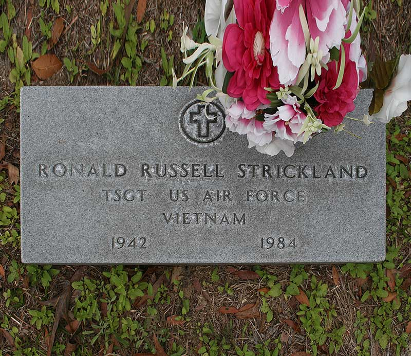 Ronald Russel Strickland Gravestone Photo