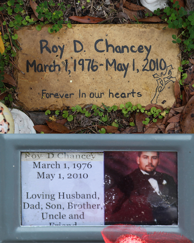 Roy D Chauncey Gravestone Photo