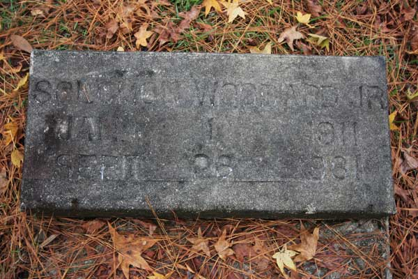 Solomon Woodard Gravestone Photo