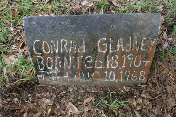 Conrad Gladney Gravestone Photo