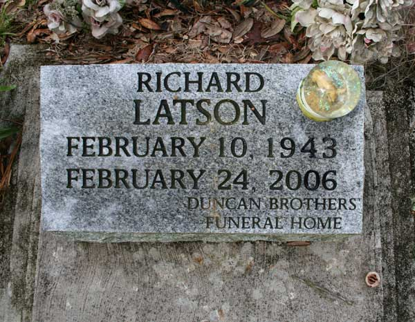 Richard Latson Gravestone Photo