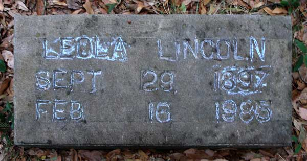 Leola Lincoln Gravestone Photo
