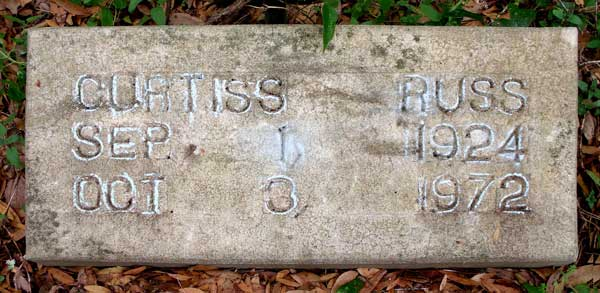 Curtiss Russ Gravestone Photo