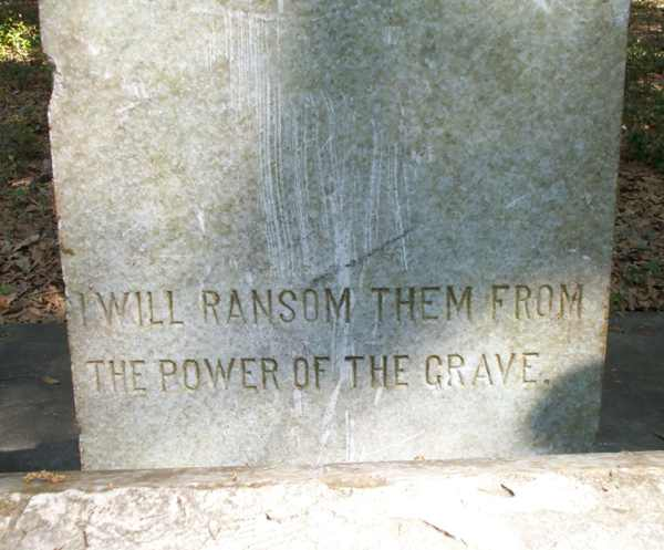 Detail Gravestone Photo