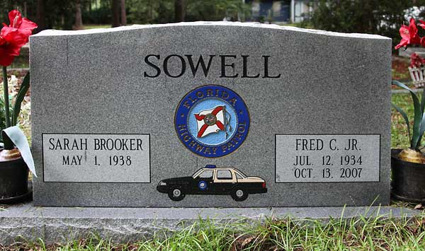 Sarah Brooker & Fred C. Jr. Sowell Gravestone Photo