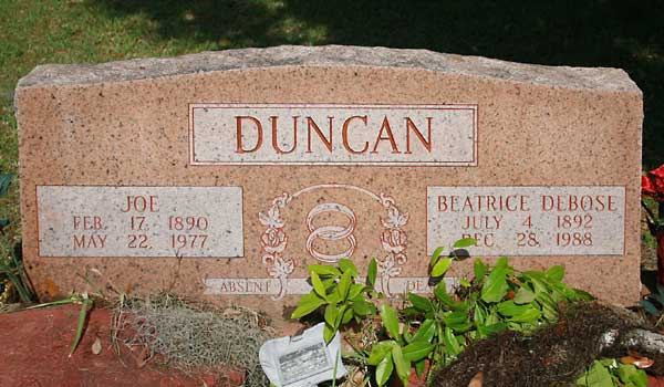 Joe & Beatrice DeBose Duncan Gravestone Photo