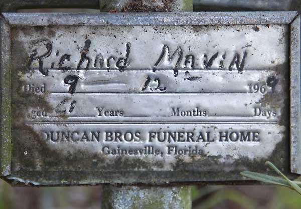 Richard Mavin Gravestone Photo