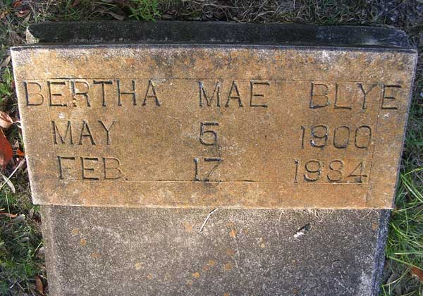 Bertha Mae Blye Gravestone Photo