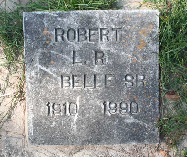 Robert L.R. Belle Gravestone Photo