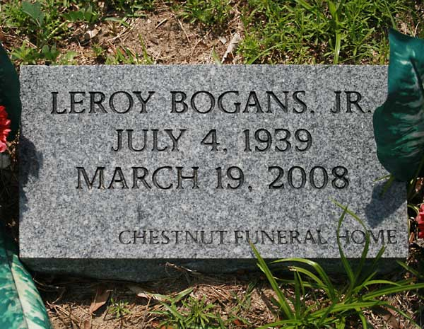 Leroy Bogans Gravestone Photo