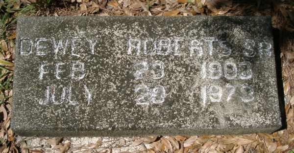 Dewey Roberts Gravestone Photo