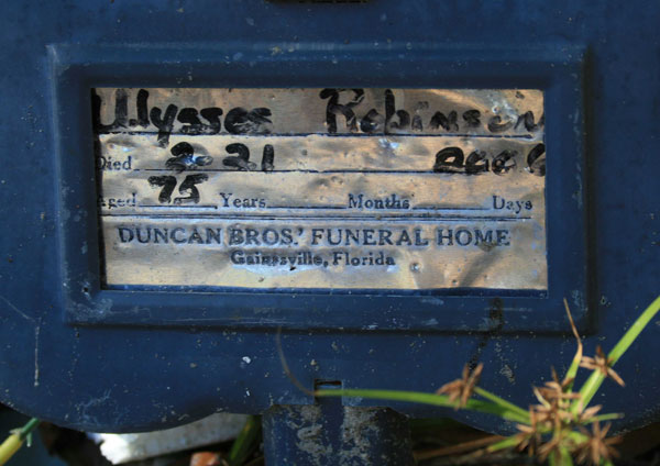 ULYSSES ROBINSON Gravestone Photo