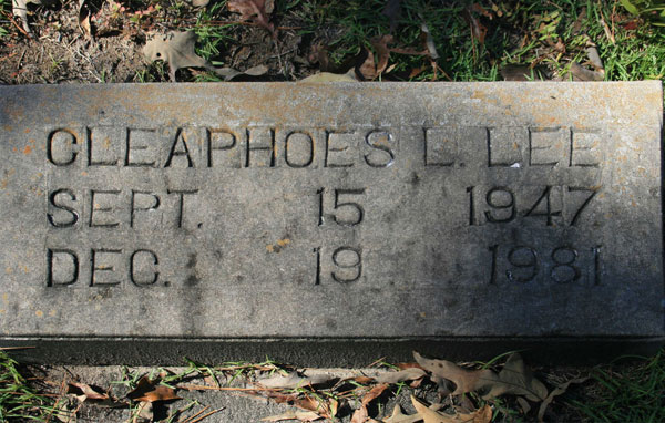 CLEAPHOES L. LEE Gravestone Photo