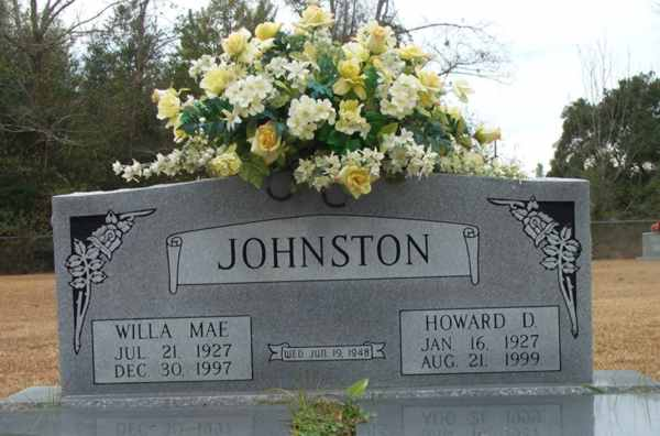 Willa Mae & Howard D. Johnston Gravestone Photo