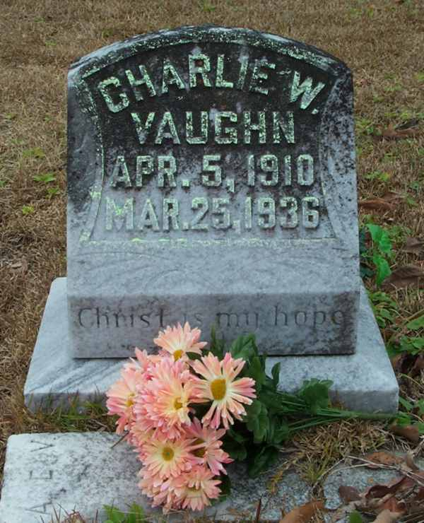 Charlie W. Vaughn Gravestone Photo