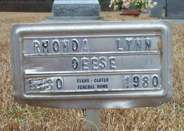 Rhonda Lynn Deese Gravestone Photo