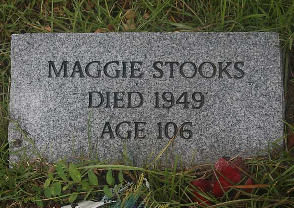 Maggie Stocks Gravestone Photo