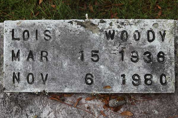Lois Woody Gravestone Photo