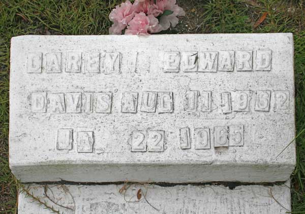 Carey Edward Davis Gravestone Photo