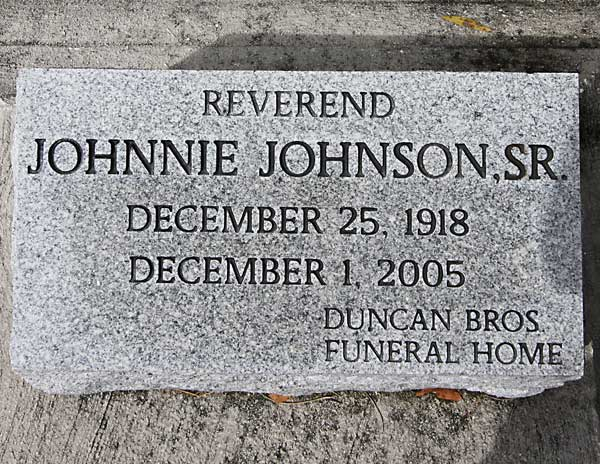 Reverend Johnnie Johnson Gravestone Photo