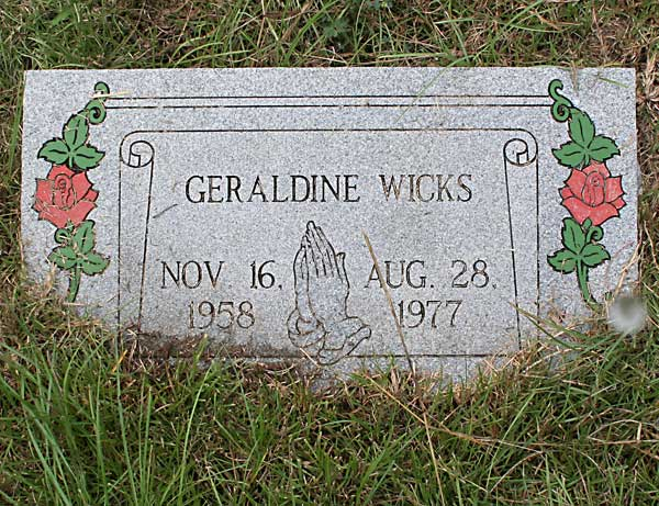Geraldine Wicks Gravestone Photo
