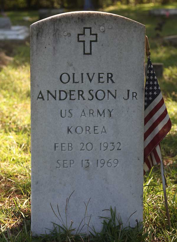 Oliver Anderson Gravestone Photo
