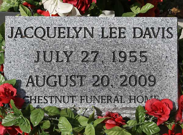 Jacquelyn Lee Davis Gravestone Photo