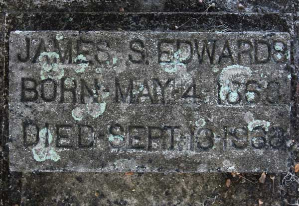 James S. Edwards Gravestone Photo