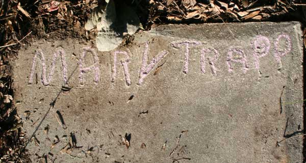 Mary Trapp Gravestone Photo