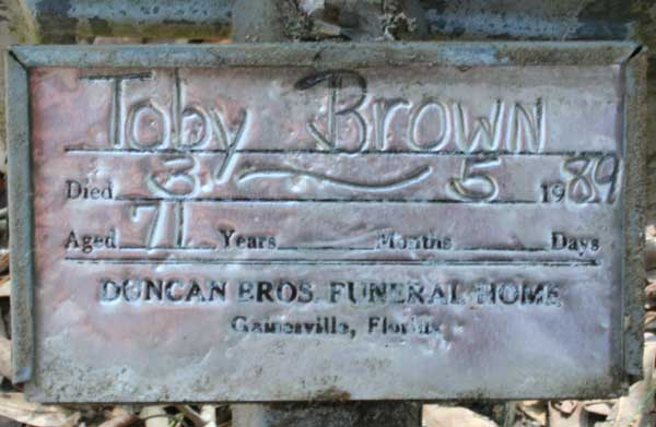 Toby Brown Gravestone Photo