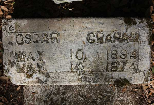 Oscar Graham Gravestone Photo