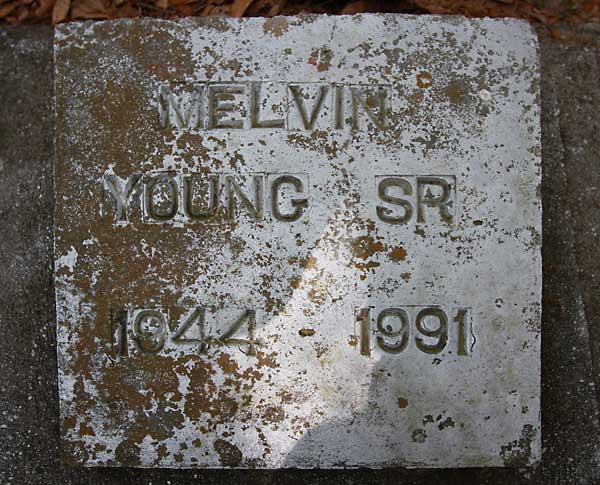 Melvin Young Gravestone Photo