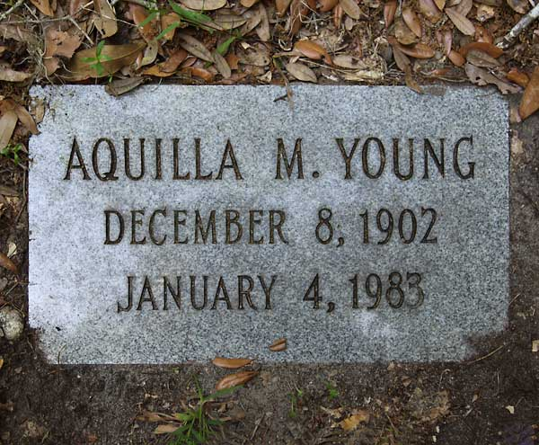 Aquilla M. Young Gravestone Photo