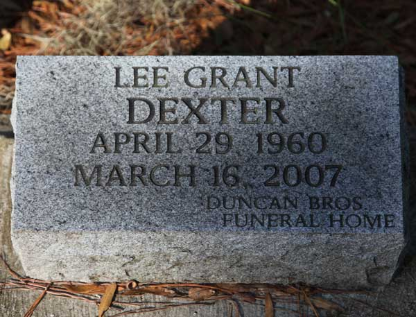 Lee Grant Dexter Gravestone Photo