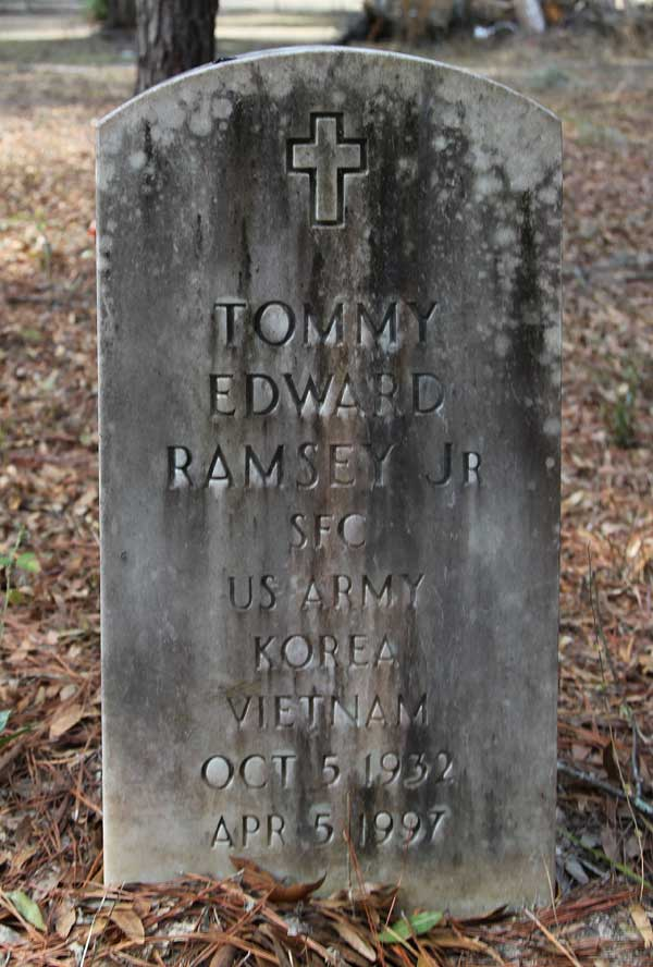 Tommy Edward Ramsey Gravestone Photo