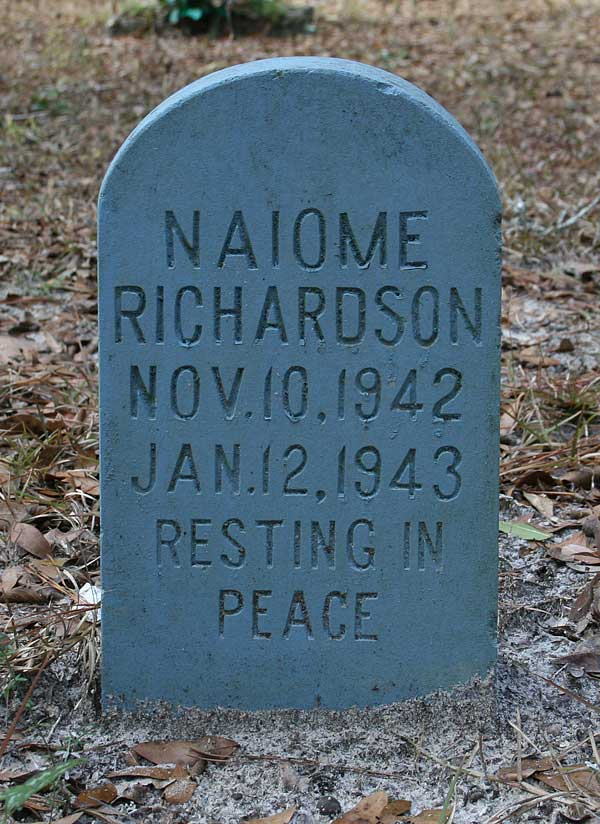 Naiome Richardson Gravestone Photo