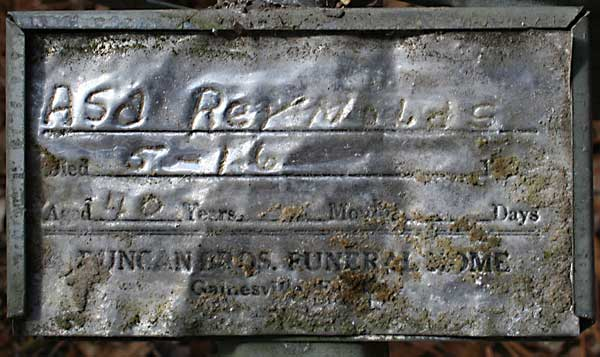 Asa Reynolds Gravestone Photo