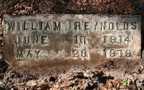 William Reynolds Gravestone Photo