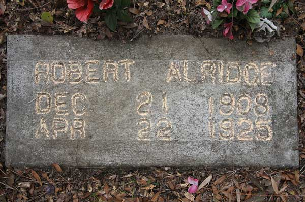 Robert Alridge Gravestone Photo