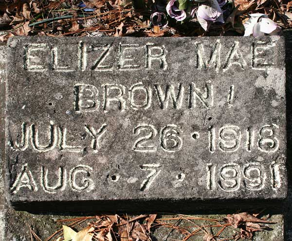 Elizer Mae Brown Gravestone Photo